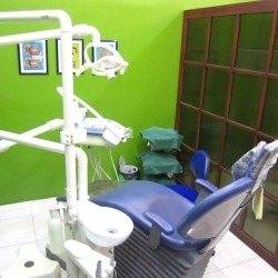 dental-world-manila-sm-mall-of-asia-navy-blue-dentist-chair-back